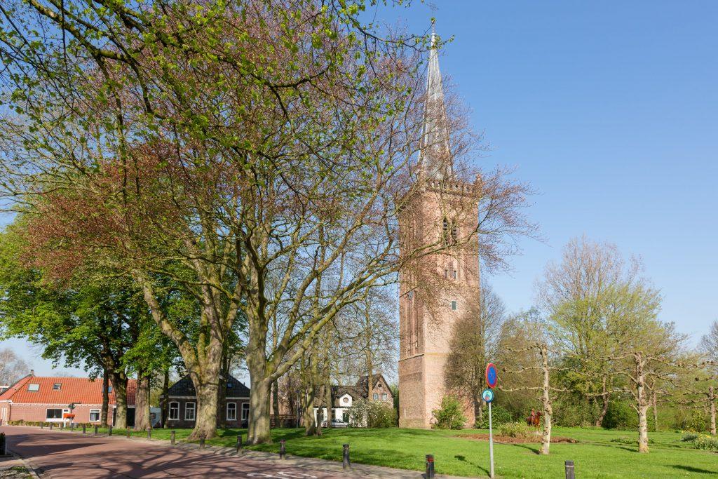 De kerktoren van Hem