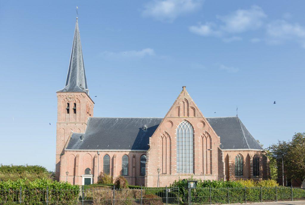Pancratiuskerk in Oosterblokker