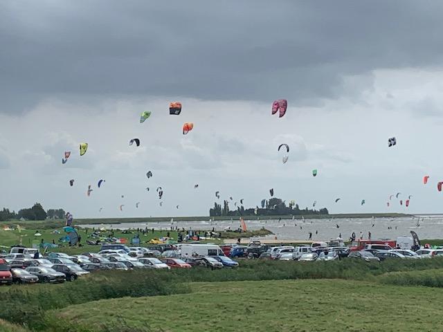Kitesurfen bij Schellinkhout